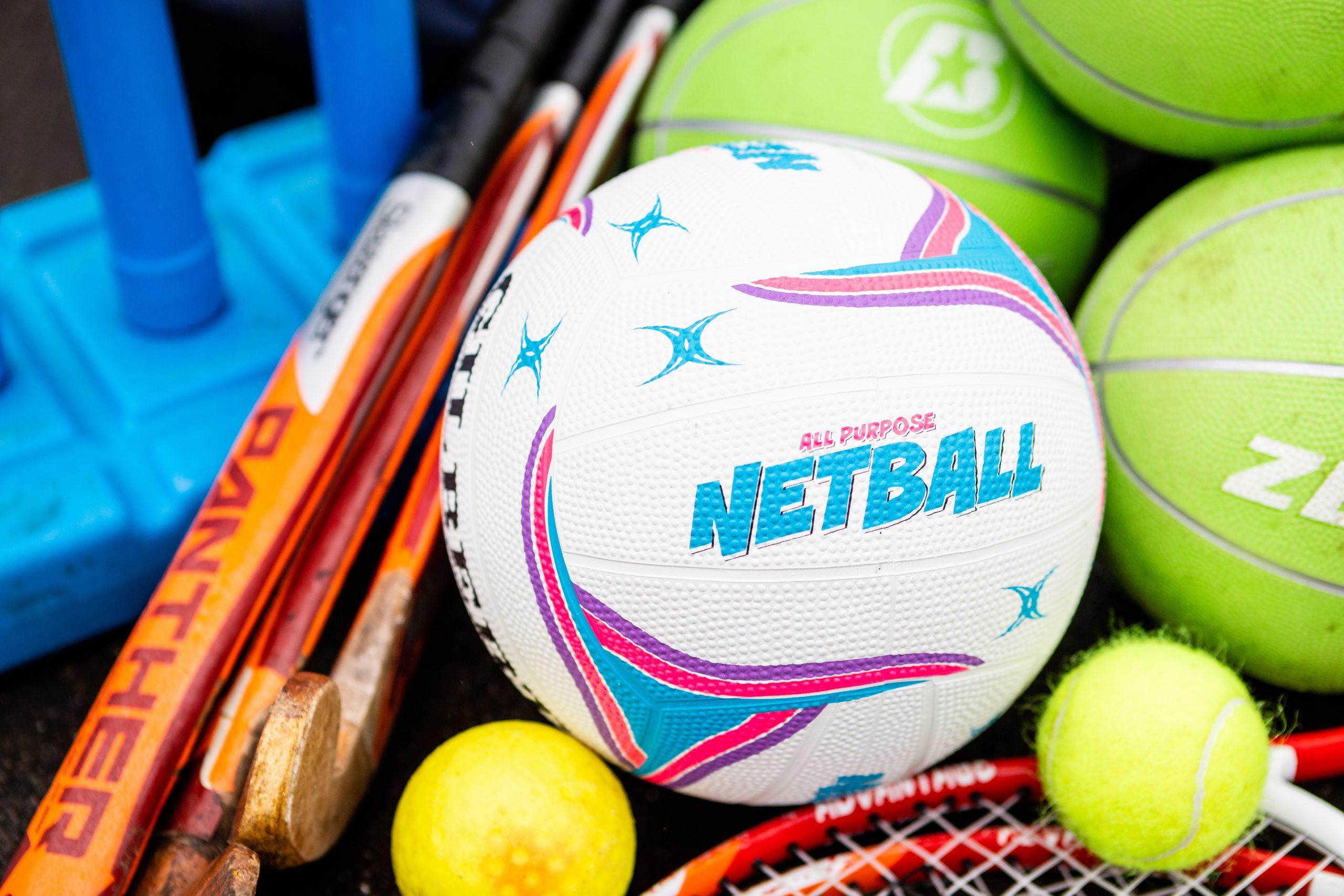 PlaySport - Netball, Tennis Ball, Hockey Stick and Cricket Stumps